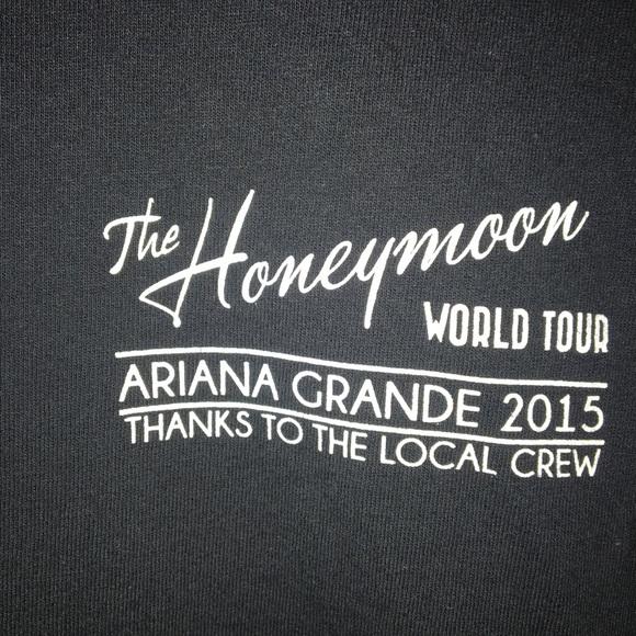 Honeymoon Tour Logo